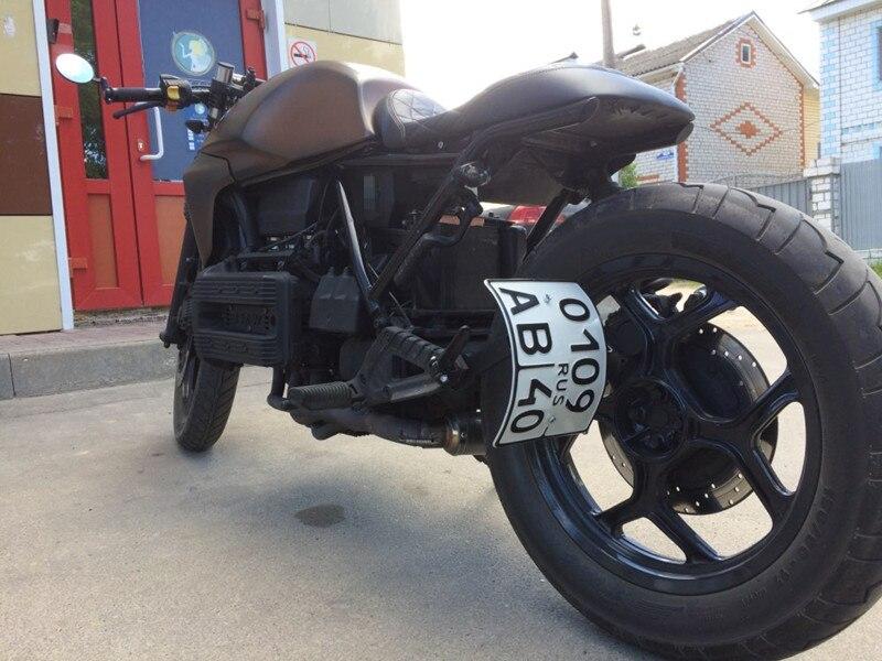 Curvado Vertical soporte de matrícula de motocicleta montaje plata ...