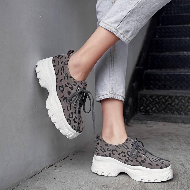 Sneakers Brown Épais Marque Cuir Véritable Mode light Tenue Classique L18 En Chaussures Vulcanisées Lacets 2019 Gris Fond Léopard À Ventilé Décontracté wnvRqq8