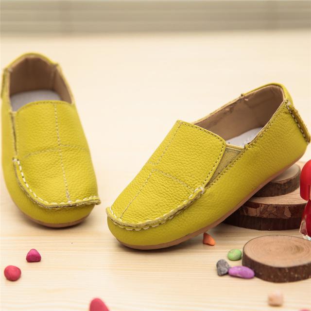 2016 Outono Crianças Sapatos de Couro Meninos Criança Sapatos Crianças Pequenas Mocassins de Couro Genuíno Plana Suaves Sapatos de Bebê Únicos