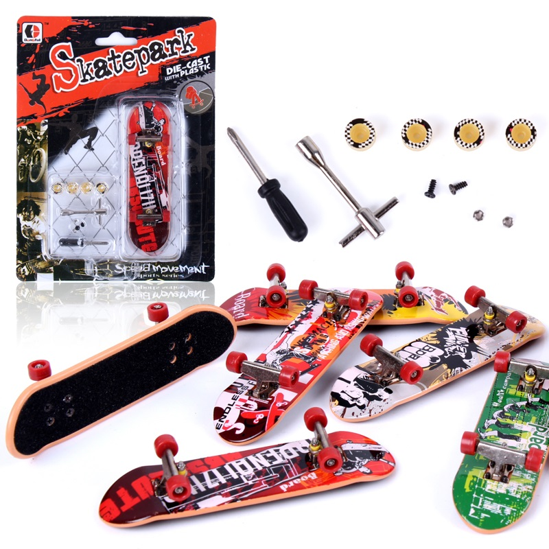 Mini finger skateboard Skate park finger board with tools accessories alloy stand funny desktop table game
