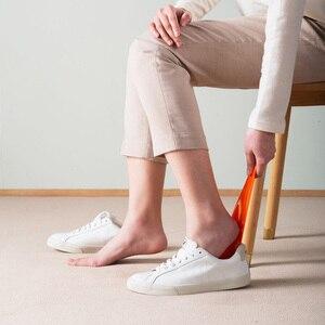 Image 4 - Della piuma di Scarpe Corno Liscia Squisita Materiale Flessibile Elegante Scarpa Sollevatore per la Casa Confortevole Scarpa Sollevatore