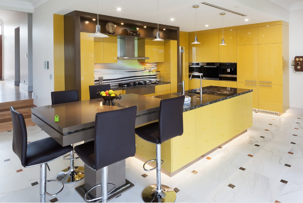 2017 New Design Kitchen Cabinets Yellow Color Modern High Gloss Lacquer Kitchen Furnitures