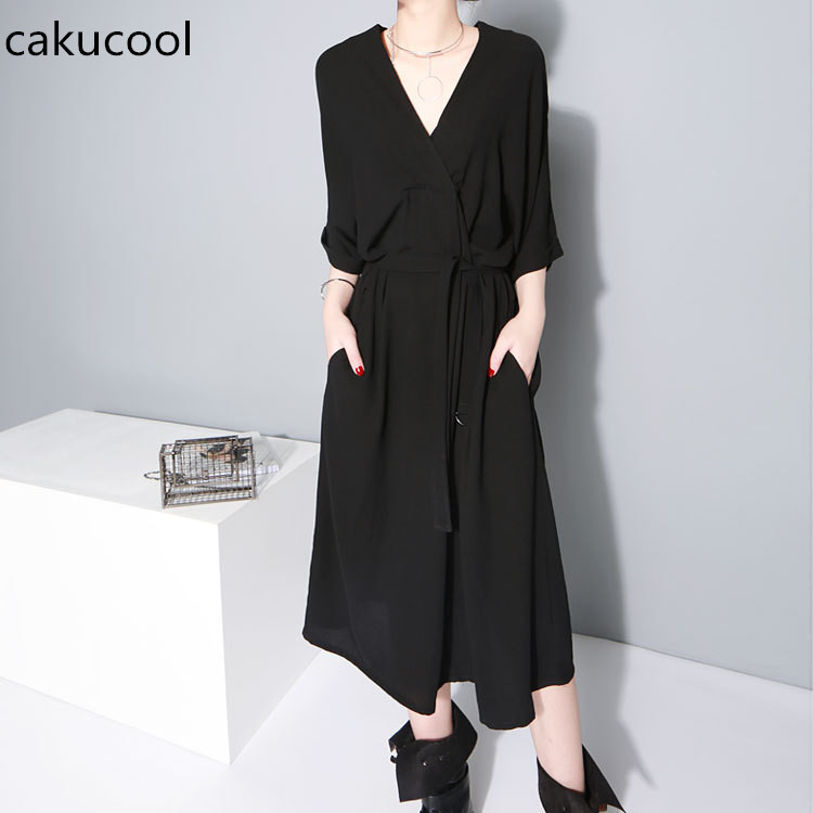 2018 New Fashion Summer Women V-collar Half Sleeve Black Bandgae Loose  Temperament Big Size 80784f24a647