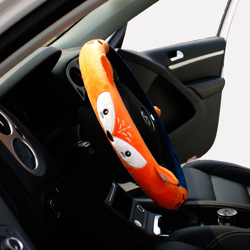 1 PC Plush FOX Car Steering Wheel Covers Autumn Winter Plush 38cm New Warm Steering   Covers Cases Car Accessories