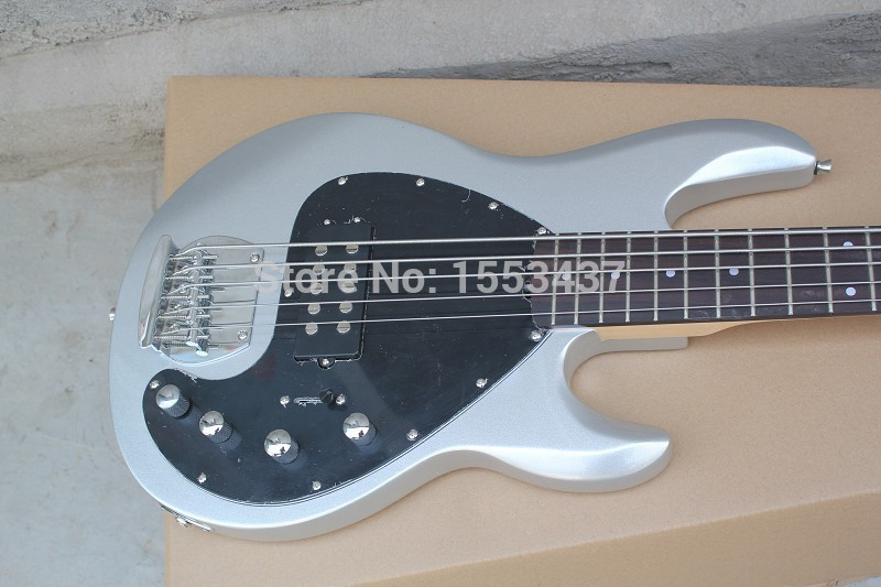 Wholesale musicman bass music man stingRay 5 electric bass guitar 9 V Battery active pickups initiative to pickup hott3