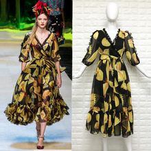 New spring and summer 2017 in Europe and the catwalk with yellow printing with v-neck chiffon elegant posed connect dress