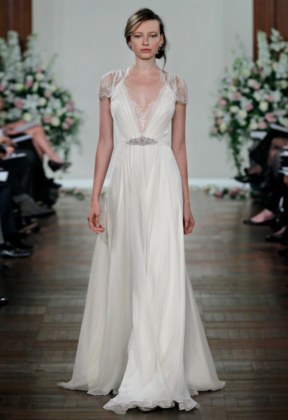 Classic Jenny Packham Runway Sheath Wedding Dress Sheer Lace Back Lace  Short Sleeves Chiffon Perfect Beach Bridal Party Gown-in Wedding Dresses  from ... 78bba4e85fec