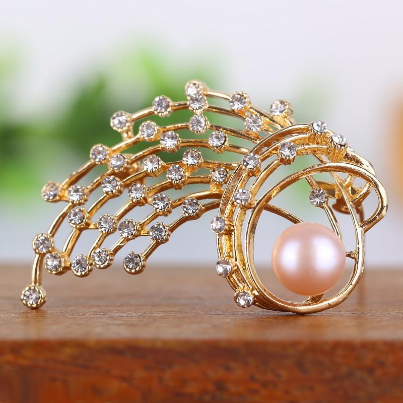 Meteor flashing brooch Natural pearl diamond