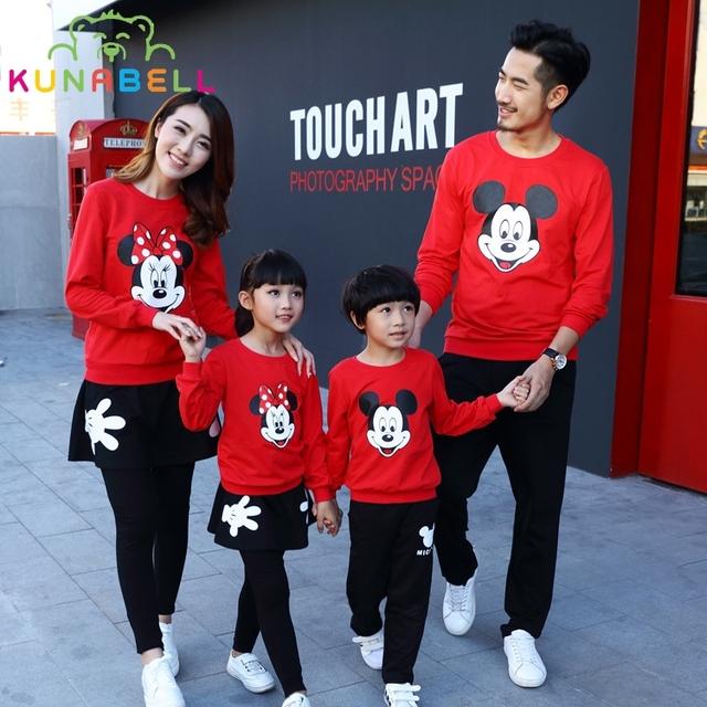 2017 de la familia de primavera clothing algodón de dibujos animados mickey mouse trajes a juego de ropa de la familia padre madre hija hijo clothing sets