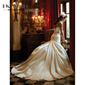 2017 Elegance A-line Satin Wedding Dress Plunging Sweetheart Neckline Crystal And Pearl Sashes Gown Vestido De Noiva