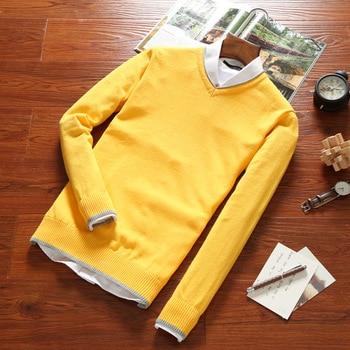 Otoño 2018 nuevos hombres marea cuello pico suéter moda juvenil ... b4abc3ad8ab9