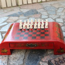 Antique Chess Trumpet Terracotta Warriors Chess Wooden Coffee Table Chessboard Stereo Character Resin Chess Pieces Gift Yernea yernea retro chess set board games resin chess terracotta warriors lifelike pieces high density board paste 26 26 6 5 cm gift