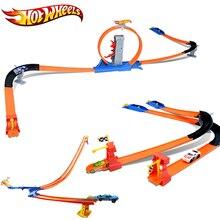 Hot Wheels Yarış Araba 3 IN 1 Takım Kolay Tarzı Yüksek Hız Kid Için rekabet Araba Hotwheels Parça Oyuncak Çocuk Günü Hediye Modeli BGJ08