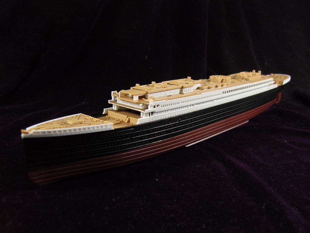 artwox-academy-14214-font-b-titanic-b-font-passenger-ship-wooden-deck-aw20076