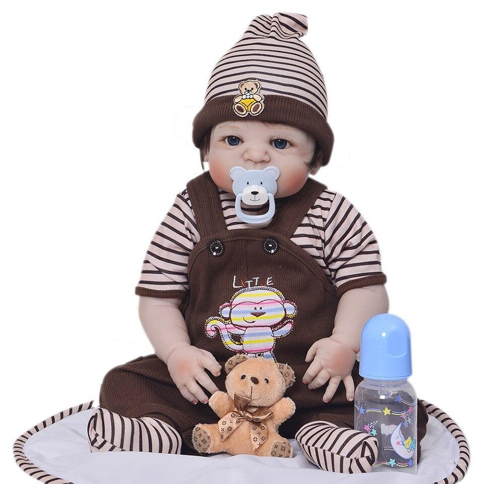 Forrsdor 57 centimetri silicone pieno sumilation appena nato del bambino del ragazzo con il nero incollato capelli e vestiti Marrone silicone reborn baby doll-in Bambole da Giocattoli e hobby su  Gruppo 1