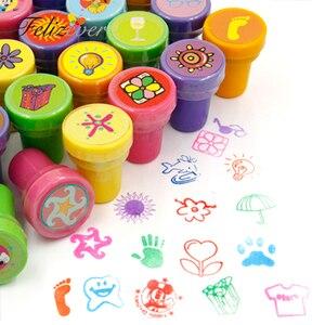 Image 2 - 36PCS Selbst tinte Briefmarken Kinder Geburtstag Party Favors für Geburtstag Giveaways Geschenk Spielzeug Junge Mädchen Weihnachten Goodie Tasche pinata Füllstoffe