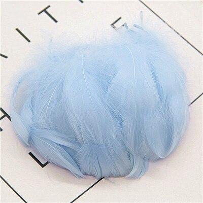 Натуральные перья лебедя 4-7 см 1-2 дюйма маленькие плавающие Шлейфы гусиное перо цветной шлейф для украшения рукоделия 100 шт - Цвет: light sky blue 100p