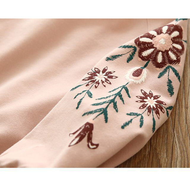 Girls' Cute Long Sleeved Floral Cotton T-Shirt