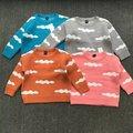 2017 de primavera y otoño de los niños de punto suéter de bebé de dibujos animados nubes lindas chicas y chicos gruesa suéter caliente