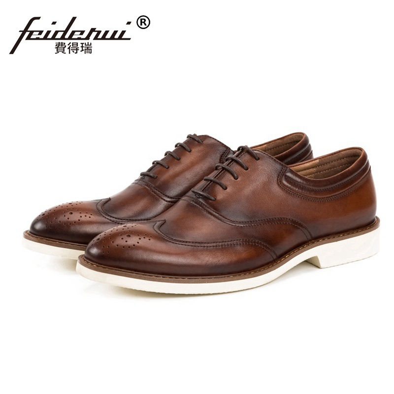 все цены на British Designer Round Toe Man Genuine Leather Wingtip Brogue Oxfords Formal Dress Men's Handmade Office Casual Shoes SS208 онлайн