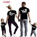 Новые одинаковые рубашки для всей семьи  Одинаковая одежда для всей семьи  одежда для папы  мамы  дочки  сына  хлопковая футболка  одежда King ...