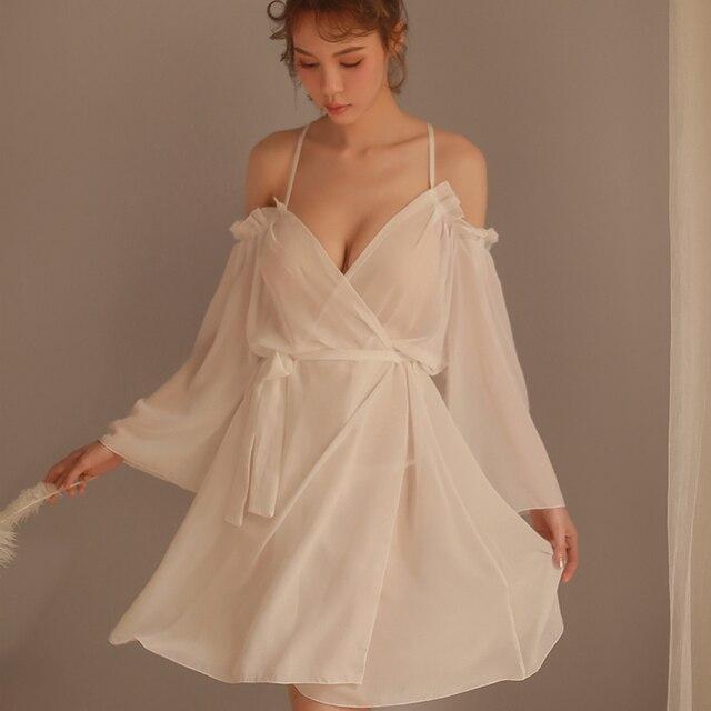 Sexy Lace Suspender Solto Sleepwear Baixo Peito Princesa Longo da Mulher Dormindo Lingerie Low cut Correias Camisola Camisola