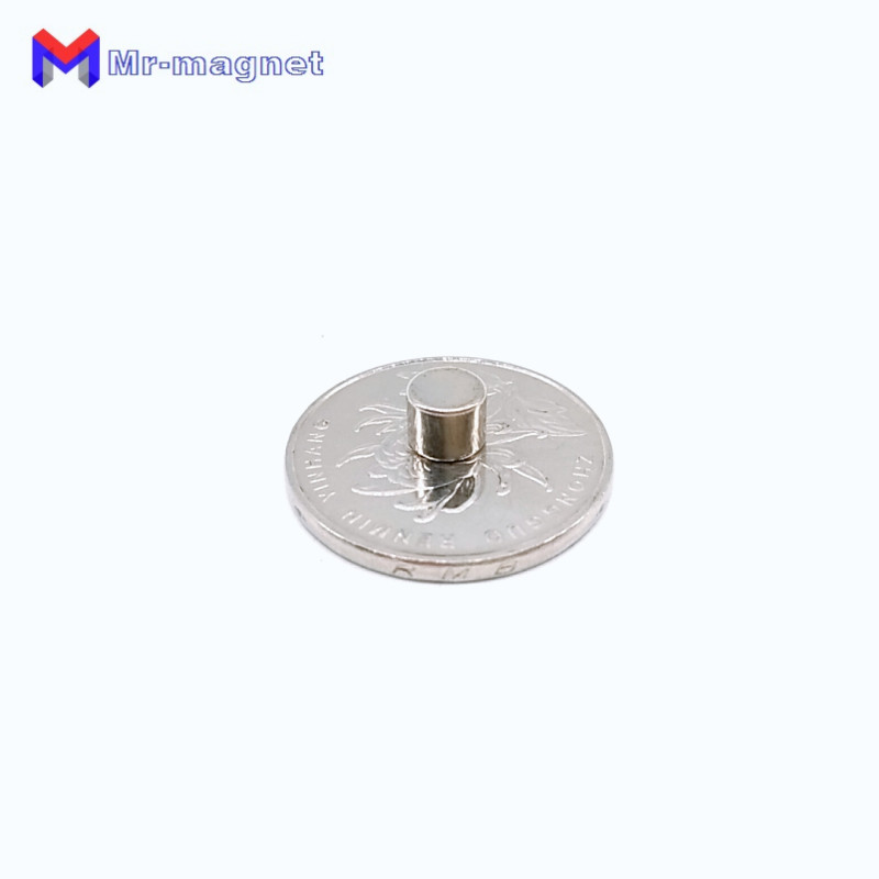 Купить с кэшбэком 200Pcs 6 x 5 mm Magnet Permanent N35 D6*5 6x5mm Super Strong Powerful Small Round Magnetic Magnets Disc Dia.6x5