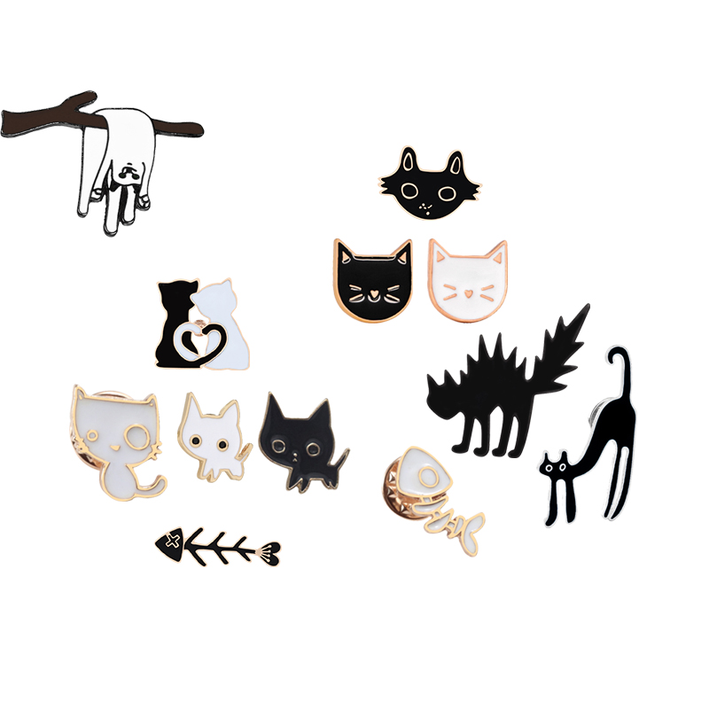 Cartoon Black White Couple Cat Fish Bone metal Enamel Pin Brooch ladies lover collar Backpack Lapels Needle Animal Badge Jewelry