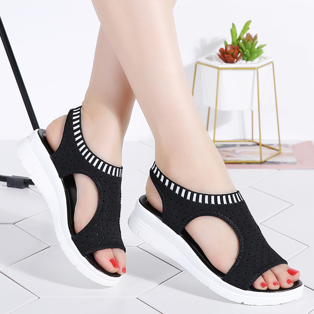 Mulheres Sandálias de Verão 2019 Novos Sapatos Femininos Confortáveis Sandálias de Cunha Mulher Verão Senhoras Slip-on Sandálias Flat Mulheres Sandálias