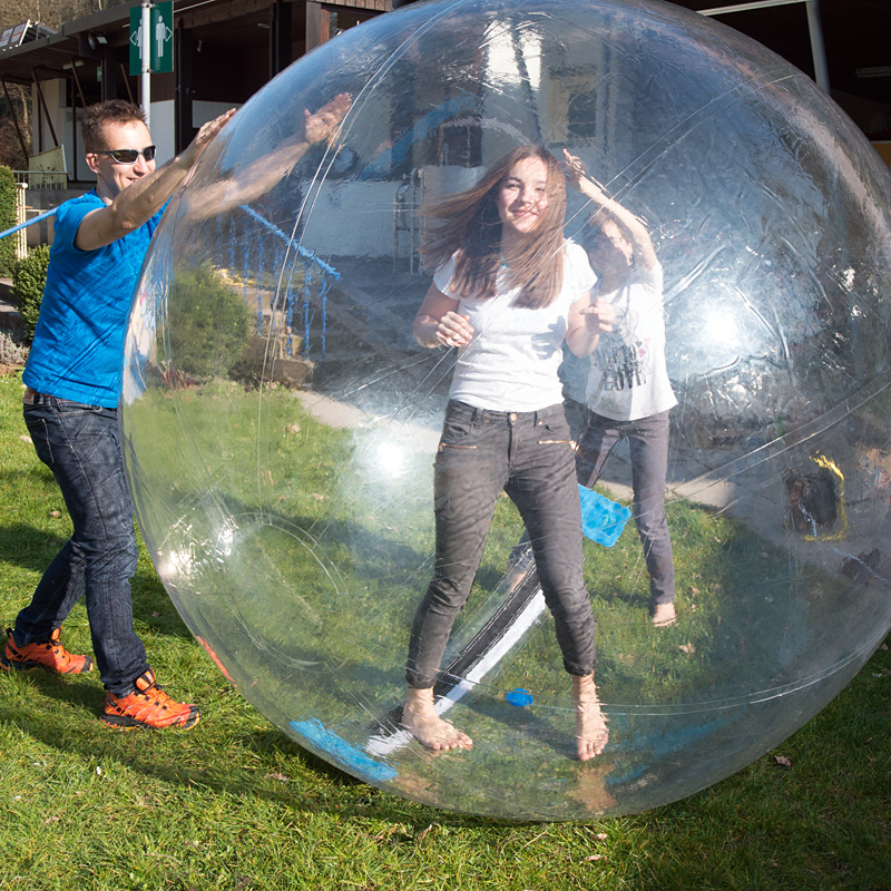 2.2M Dia Inflatable Water Walking Ball Human Hamster Ball Giant Inflatable Recreation Ballet Dancing Zorb Balls Pool Accessories