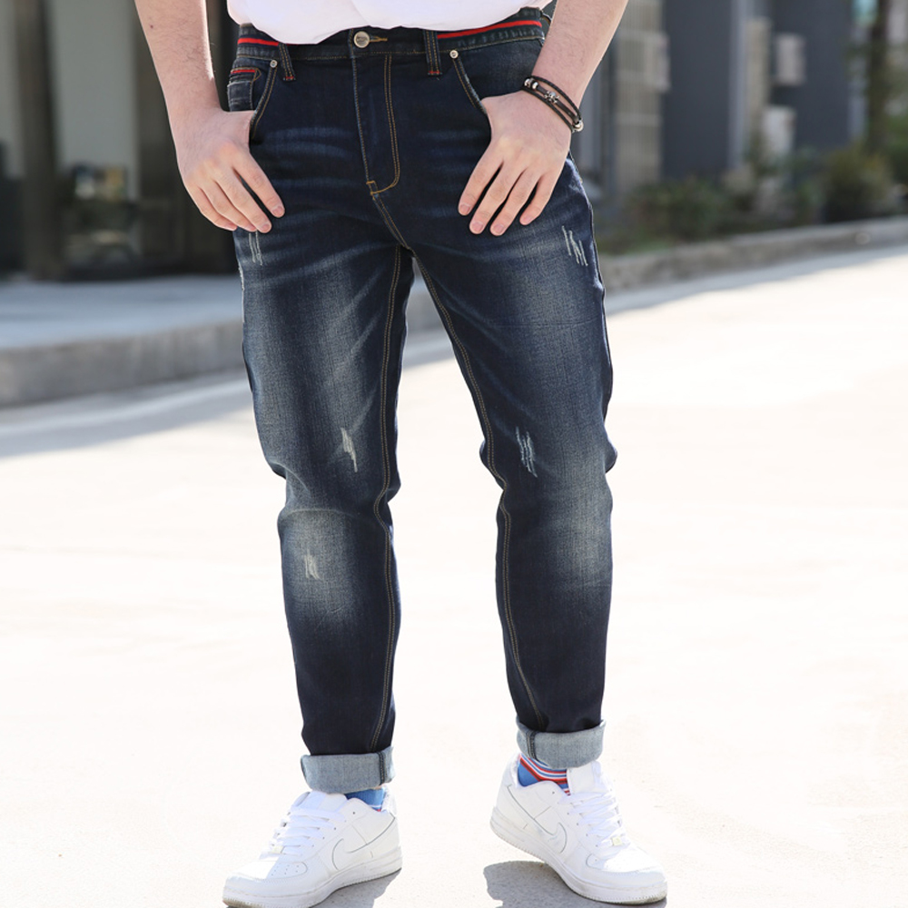 2017 Fashion Jeans Men Ripped Red Striped Designer Baggy Hip Hop Mens Jeans Famous Brand Denim male Pants Straight Trousers 521  2017 mens fashion hole jeans brand designer bird embroidery straight denim trousers male luxury slim cotton zipper ripped jeans