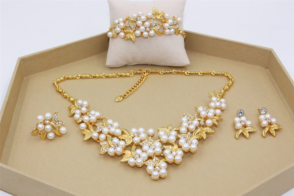 2015 New Classic Imitation Pearl Jewelry Sets 18K Gold Plated Clear