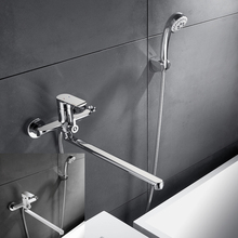 купить Shower Set Bath Faucet 2 Functions Bathroom Faucet Wall Mounted Cold and Hot Tub Mix Tap Chrome White Painting 35cm Long Nose дешево
