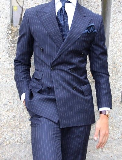 Fashionable Double Breasted Navy Blue Strips Groom Tuxedos Groomsmen Peak Lapel Mens Suits Blazers (Jacket+Pants+Tie) W:935