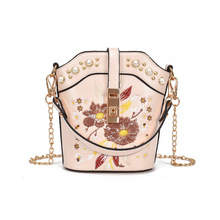 Fashion Pearl Rivet Handbags Flower Embroidered Women Shoulder Messenger Bag Ladies Party Casual White Bucket Lady