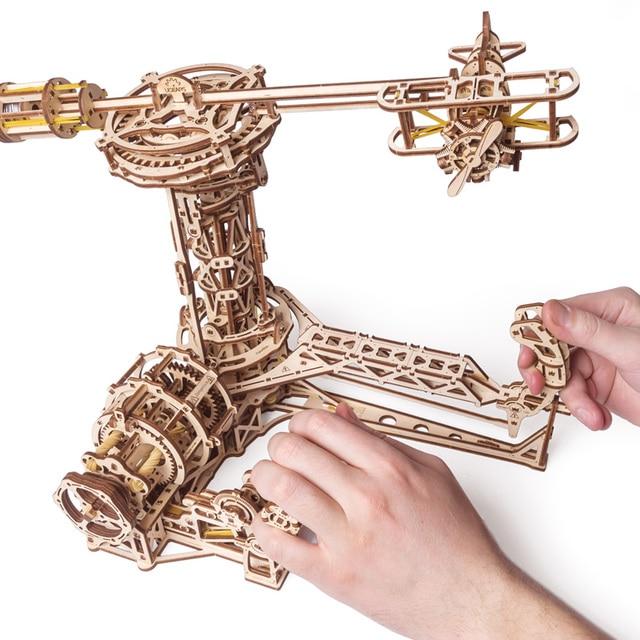 UGEARS עץ מכאני הרכבה של יום הולדת מתנות עבור טייסים מתנת דגם