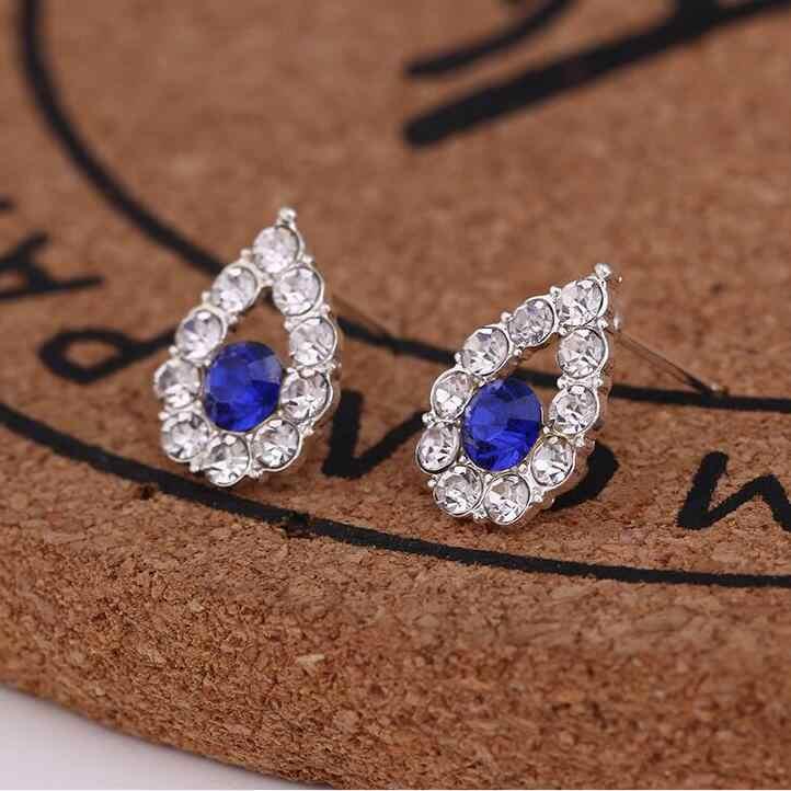 Earrings For Women Pearl Cute Fashion Girls Animal Jewelry Trend Rabbit Flower Heart Silver Fruit Cherry Butterfly Classic