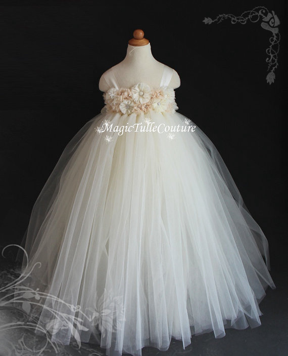 ФОТО Quality Handmade Gauze Tutu Kids Girls Stereoscopic Sweet  Flowers White Flower Fairy Princess Wedding Dress