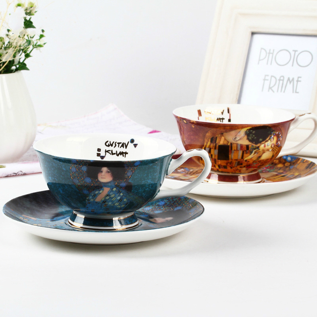 Court Bone China Black Tea Coffee Cup Saucer Set Gustav Klimt Art Famouspaint Oil Painting Kiss