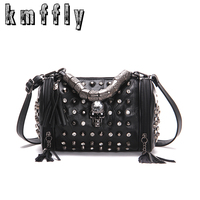 New Skull Bucket Bags Rivet Sheepskin Women Tote Bag 2017 Diamonds Luxury Women Designer Handbag High