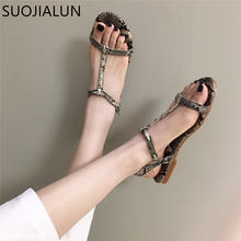 цены SUOJIALUN 2019 New Brand Summer Beach Flat Slides Shoes Woman Sandals Open Toe Beach Gladiator Sandals Women Casual Flat Sandals