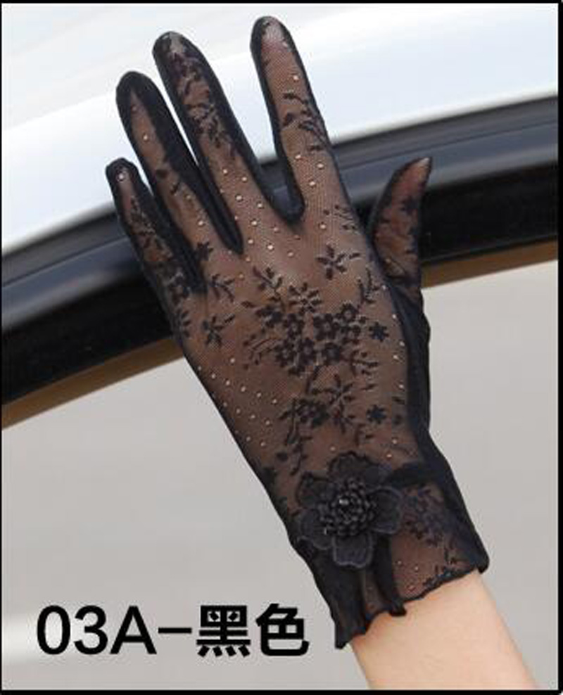 HTB1AzDMRFXXXXb4XXXXq6xXFXXXH - Sexy Summer Women UV Sunscreen Short Sun Female Gloves Fashion Ice Silk Lace Driving Of Thin Touch Screen Lady Gloves G02E