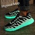 2016 Venta caliente Emisor Amante Luminoso Que Brilla Zapatos Hombres Zapatos Casual Zapatos de Fluorescencia de Luz Up Glowing Adultos Zapatos