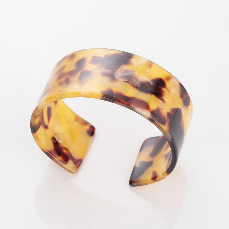 Fashion Bohemian Tortoiseshell Acrylic Acetate Decoration Black Marble Resin Bracelet Frosty Cool Retro Simple Geometry Round in Stud Earrings from Jewelry Accessories