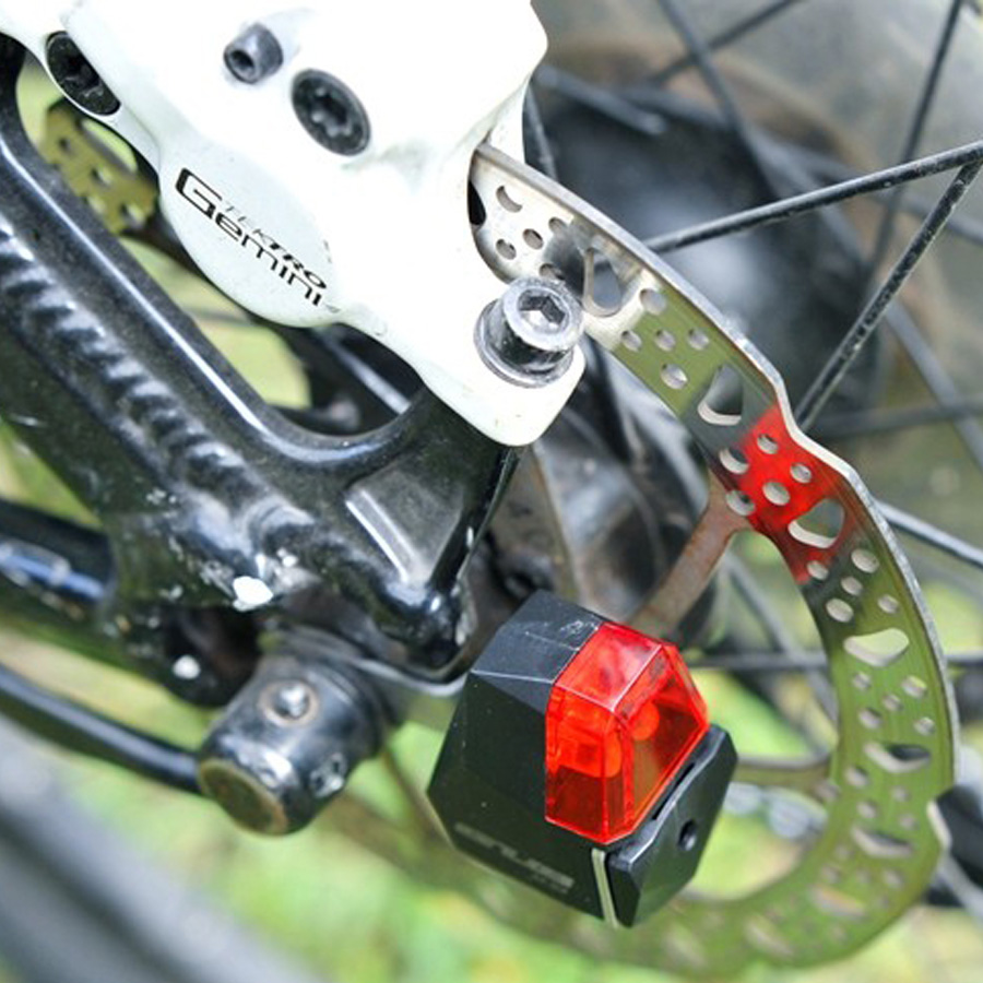 No Battery Self Powered Rear Bicycle Light Disc Brake Waterproof