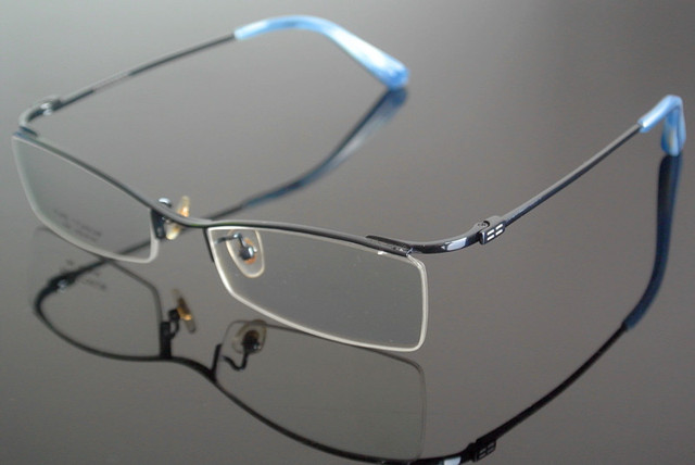 Armações De óculos de Titânio puro Óculos Sem Aro Metade Espetáculos Rx  capaz 5435bd9993