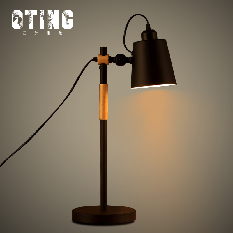American Creative Vintage Style Black Wrought Iron Rotatable Table Lamp Loft Bedroom Study LED Table Light With Led Bulbs