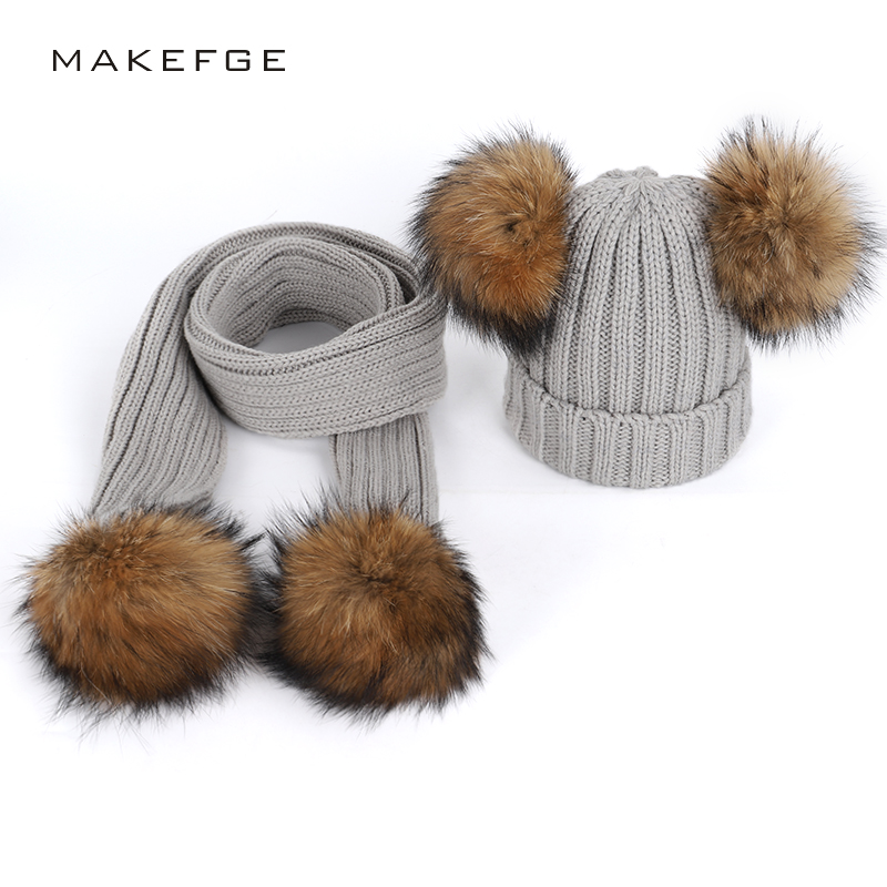 Real natural raccoon fur pom-pom hats scarf two-piece unisex warm and comfortable thick ski bib solid color   Skullies     Beanie   caps