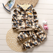Winter 2017 British fashion camouflage long - sleeved jacket + trousers baby boy clothes 1-2-3-4 years old