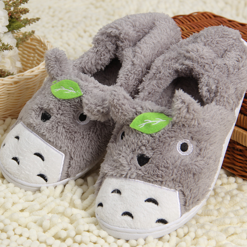 2017 Totoro Plush Slippers With Leaf Pantoufle Femme Women Shoes Woman House Animal Warm Big Animal Woman Funny Adult Slippers rotosound rs66lc bass strings stainless steel